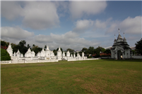 Der Friedhof in Wat Suan Dok